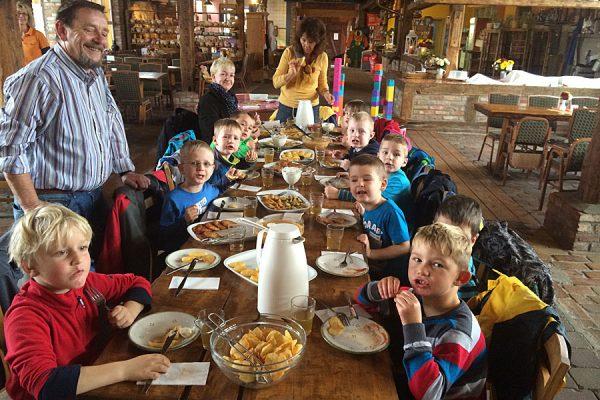 """Feier ausrichten im Restaurant """"Zur Scheune"""" vom Bauernhof Lange auf Ummanz"""