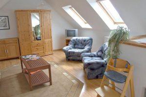 Zimmer der Ferienwohnung auf dem Bauernhof Lange in Lieschow bei Ummanz auf Rügen