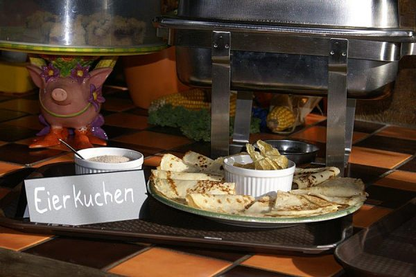 fruehstuecksbuffet-bauer-lange-lieschow-insel-ruegen
