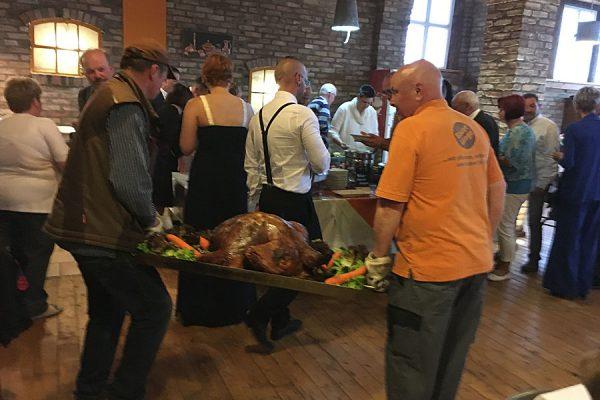 Veranstaltung Spanferkel essen bei Bauer Lange in Lieschow auf Rügen